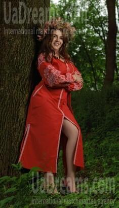 Ivanka from Lviv 34 years - single lady. My small public photo.