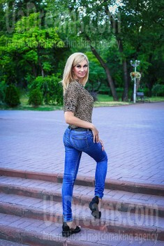 Julichka from Zaporozhye 41 years - eyes with love. My small public photo.
