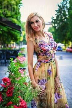 Julichka from Zaporozhye 41 years - photo session. My small public photo.