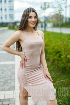 Natali from Ivano-Frankovsk 21 years - natural beauty. My small public photo.