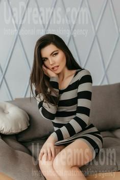 Natali from Ivanofrankovsk 20 years - soft light. My small public photo.
