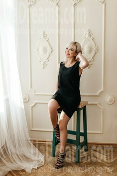 Ira from Ivanofrankovsk 46 years - attractive lady. My small public photo.