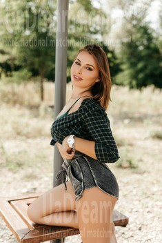 Iryna from Ivano-Frankovsk 23 years - desirable woman. My small public photo.