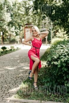 Susie from Ivanofrankovsk 22 years - soft light. My small public photo.