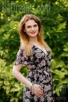 Mila from Sumy 48 years - girl for dating. My small public photo.
