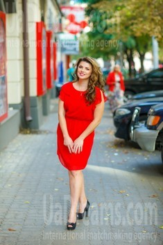 Lena from Dnipro 35 years - photo gallery. My small public photo.