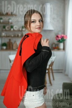 Yana from Dnipro 28 years - natural beauty. My small public photo.