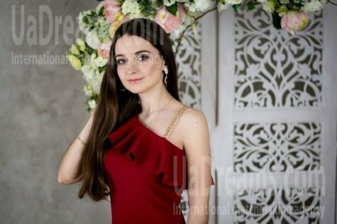 Vika from Poltava 20 years - Music-lover girl. My small public photo.