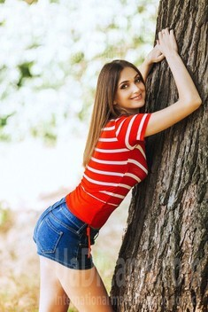 Valiusha from Poltava 34 years - kind russian girl. My small public photo.