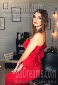 Valiusha from Poltava 34 years - ukrainian woman. My small public photo.