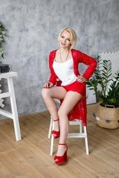 Ludmila Kharkov 40 y.o. - intelligent lady - small public photo.