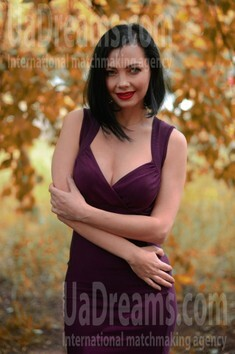 Elena from Kiev 39 years - attractive lady. My small public photo.