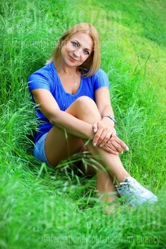 Elaine from Zaporozhye 54 years - single russian woman. My small public photo.