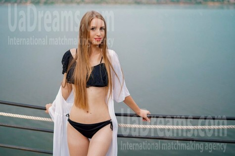 Valeriia 19 years - independent woman. My small public photo.
