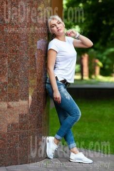 Taisiya from Kremenchug 30 years - sunny day. My small public photo.