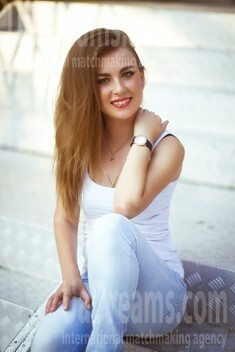 Marina from Dnipro 30 years - smiling for you. My small public photo.