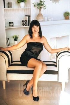 Anna from Poltava 36 years - looking for relationship. My small public photo.