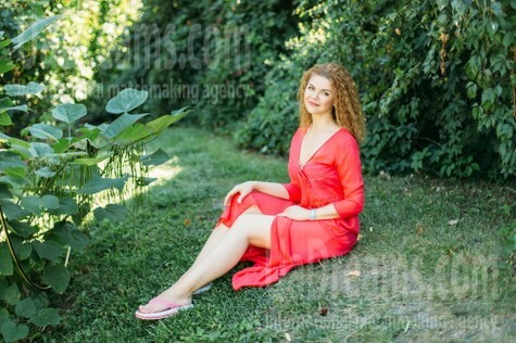 Albina from Kharkov 51 years - future bride. My small public photo.