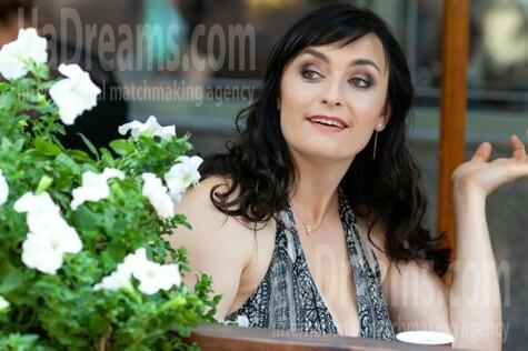 Nadya from Kremenchug 36 years - carring woman. My small public photo.