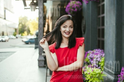 Veronika from Dnipro 34 years - morning freshness. My small public photo.