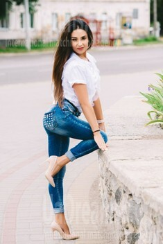 Adelina from Cherkasy 49 years - Kind-hearted woman. My small public photo.