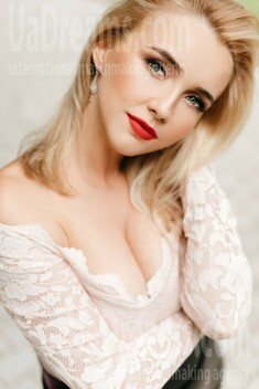 Ivanna from Ivanofrankovsk 31 years - independent woman. My small public photo.