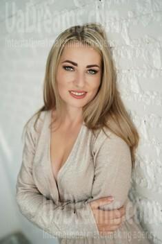 Natali 31 years - ukrainian woman. My small public photo.