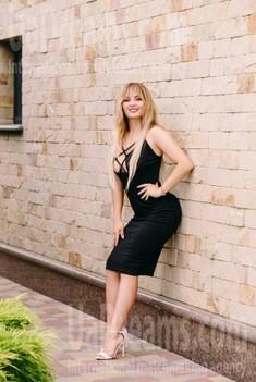 Anastasia from Cherkasy 22 years - happy woman. My small public photo.