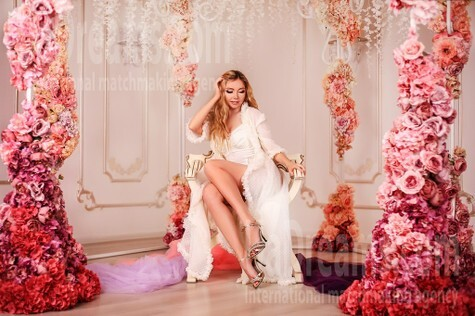 Svetlana from Zaporozhye 38 years - beautiful woman. My small public photo.