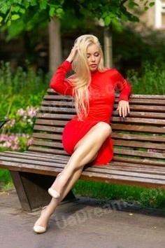 Svetlana Zaporozhye 39 y.o. - intelligent lady - small public photo.