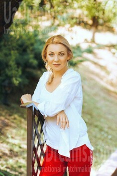 Natalia from Poltava 45 years - looking for relationship. My small public photo.