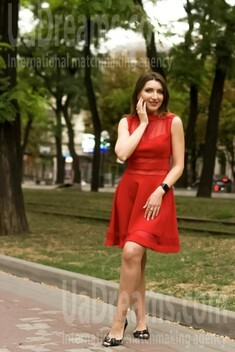 Elena from Dnipro 34 years - search for love. My small public photo.