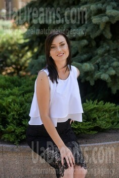 Ilona from Poltava 24 years - waiting for you. My small public photo.