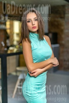 Karina from Lviv 21 years - eyes lakes. My small public photo.