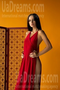 Karina from Lviv 21 years - waiting for you. My small public photo.