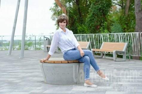 Ludmila from Cherkasy 45 years - eyes lakes. My small public photo.