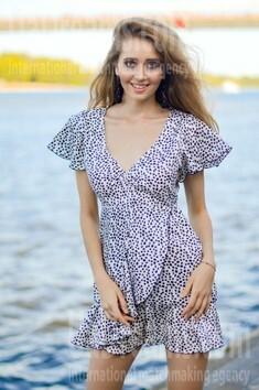 Tatyana from Kiev 21 years - attentive lady. My small public photo.