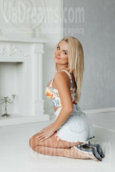 Maryana from Ivanofrankovsk 32 years - photo session. My small public photo.
