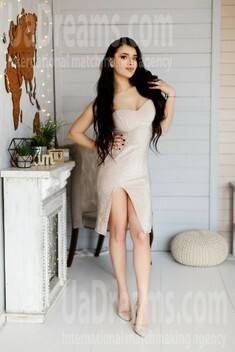 Oksana from Ivano-Frankovsk 24 years - searching life partner. My small public photo.