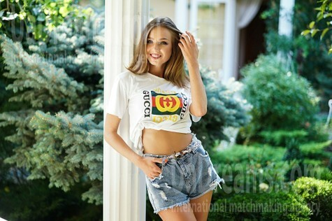 Vlada 19 years - morning freshness. My small public photo.