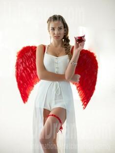 Vlada 19 years - beautiful woman. My small public photo.