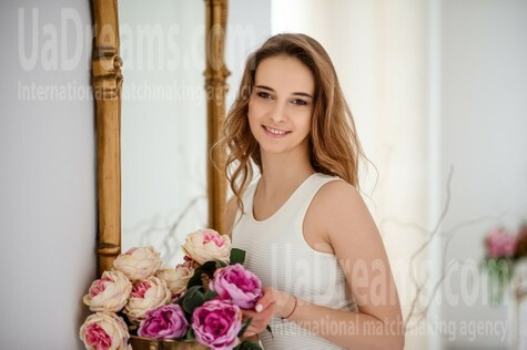 Olya from Lviv 23 years - lovely girl. My small public photo.