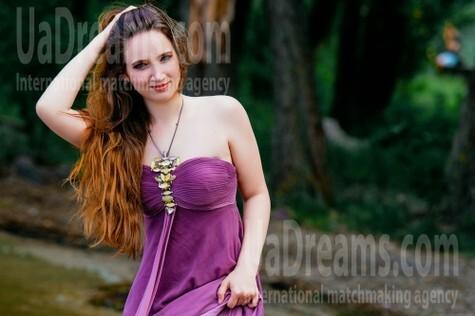 Alenka from Cherkasy 24 years - amazing appearance. My small public photo.