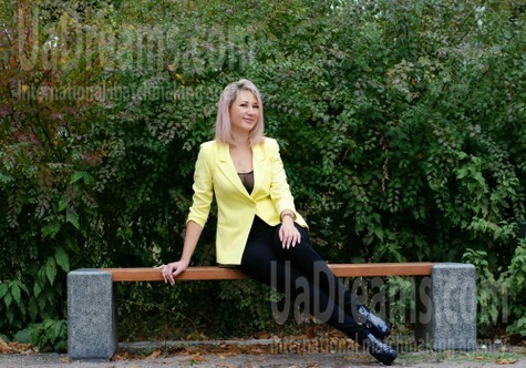 Inetta from Cherkasy 36 years - waiting for you. My small public photo.