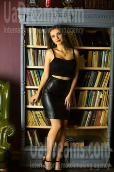 Svitlana from Sumy 20 years - waiting for you. My small public photo.