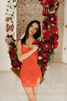 Ira from Ivano-Frankovsk 24 years - Warm-hearted girl. My small public photo.