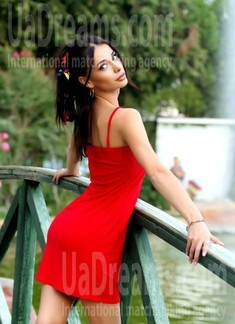 Ira from Ivano-Frankovsk 25 years - girl for dating. My small public photo.