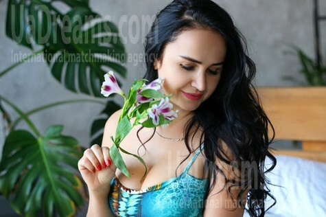 Inna from Zaporozhye 37 years - searching life partner. My small public photo.