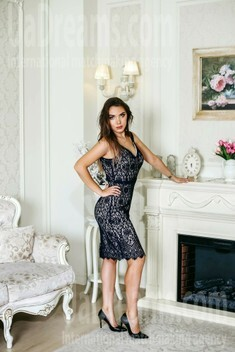 Valeriya from Kiev 23 years - attractive lady. My small public photo.