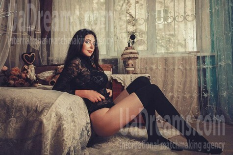 Katy from Kiev 27 years - Music-lover girl. My small public photo.